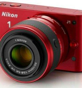 Системная камера Nikon 1 J1 объектив Nikkor 10-30m