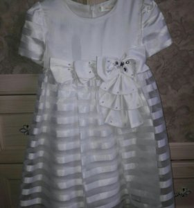 "Нарядное платье ""Deloras р.122"