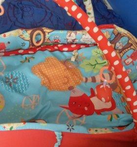 Детский развивающий коврик для малышей