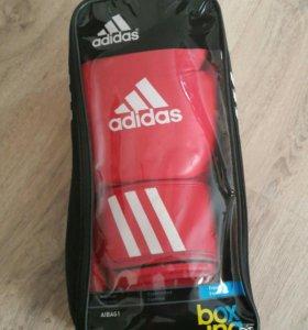 Перчатки боксёрские Adidas Aiba 12 oz
