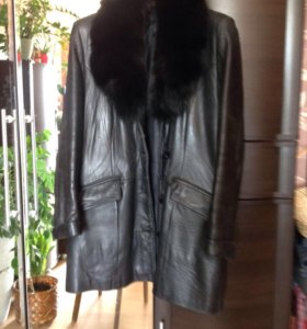 Куртка кожаная ношеная