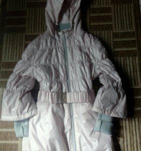 Куртка на весну для девочки 12-15 лет, новая