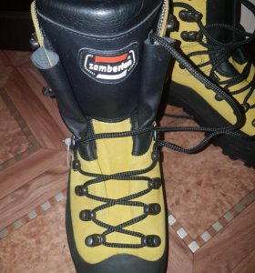 Альпинистские ботинки Zamberlan, подошва vibram