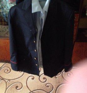 Пиджак и рубаха полицейская