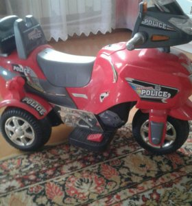 Детский мотоцикл с электроприводом.