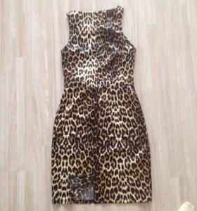Платье женское (42-44 размер)