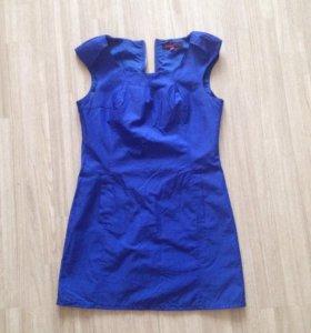 Женское платье 42 -44 размер