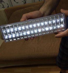 Светодиодный фонарик новый