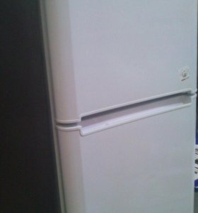 Холодильник indesit 180см