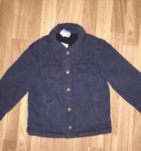Весення куртка Gymboree