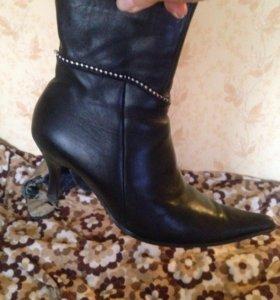 Ботинки -ботильоны женские