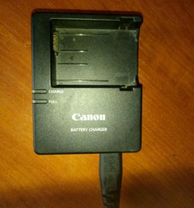 Зарядник для фотоаппарата Canon