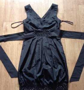 Новое платье 44-46