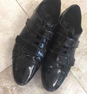 Мужские туфли Zara 42 размер