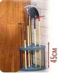 Подставка угловая для садового инвентаря