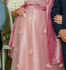 Платье вечернее подойдет для беременных