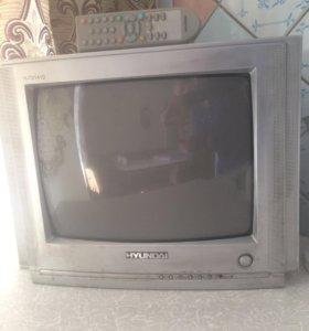 "Телевизор "" Hyundai ""."