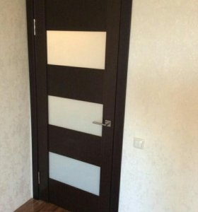 Установка меж комнатных дверей от