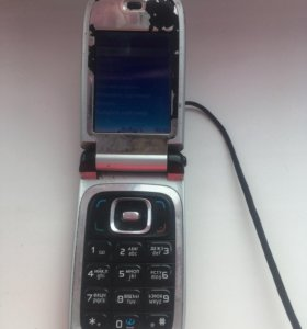 Телефон рабочий, можно на запчасти