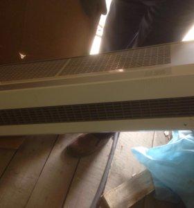 Тепловая завеса Frico AC200 торг уместен