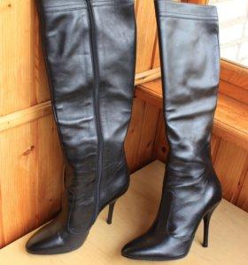 Новые кожаные румынские сапоги 40 размер