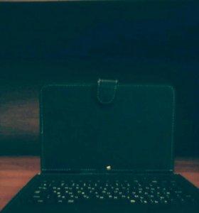 Чехол клавиатура на планшет