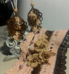 Серьги-вязанное украшение.