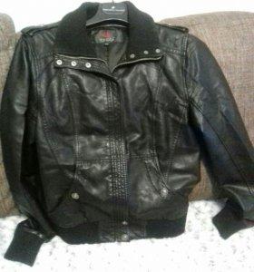 Куртка кожзам 44 р-р