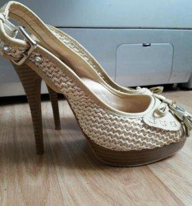 Туфли - босоножки 38размер