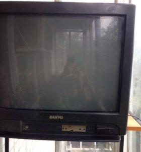 Телевизор б/у .на запчасти
