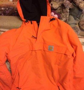 Осенняя куртка carhartt
