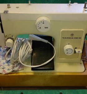 Швейная машинка Чайка 132 М-33