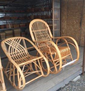 Кресло-качалка из ивовой лозы