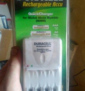 Зарядное Duracell CEF12E для NiMH аккумуляторов
