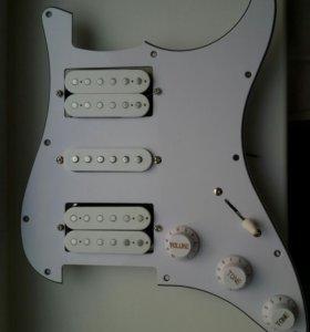 Fender Stratocaster Pickguard со звукоснимателями