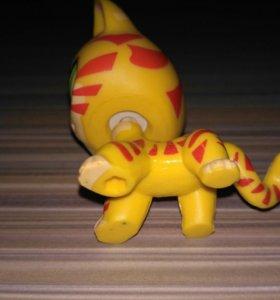 Кот - Тигренок LPS HASBRO 2006 год. Есть 3 штуки