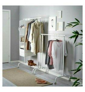 Вешалка для хранения одежды