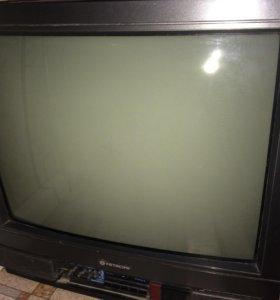 Телевизор ,фирмы HITACHI
