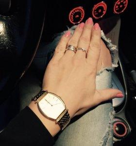 Часы наручные женские Лонжин