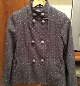 Пальто демисезонное размер 146