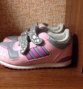 Кроссовки   adidas 25 р