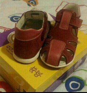 Новые сандали 25 ОРТО