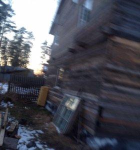 Прадаётса дом с участкам