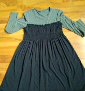 Трикотажное платье 48 р