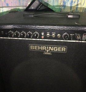 Комбоусилитель Behringer BX 1800 ultrabass