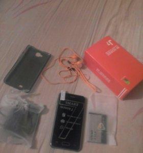 Продаю телефон самсунг J7