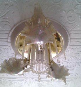 Люстра на 4 лампы