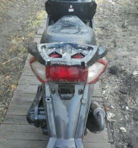 Скутер стелс