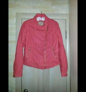 Новая куртка р48-50