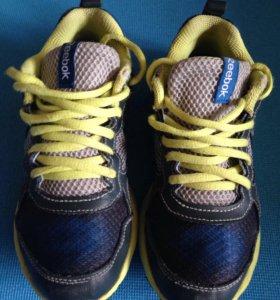 Кроссовки adidas 31
